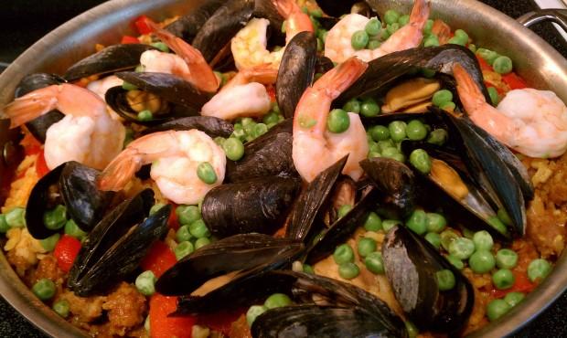 Paella Paella: Savory SpanishEntertaining