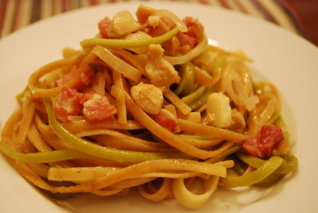 Linguine with Garlic and Clams: Slice and Dice
